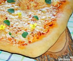 Focaccia picante con queso