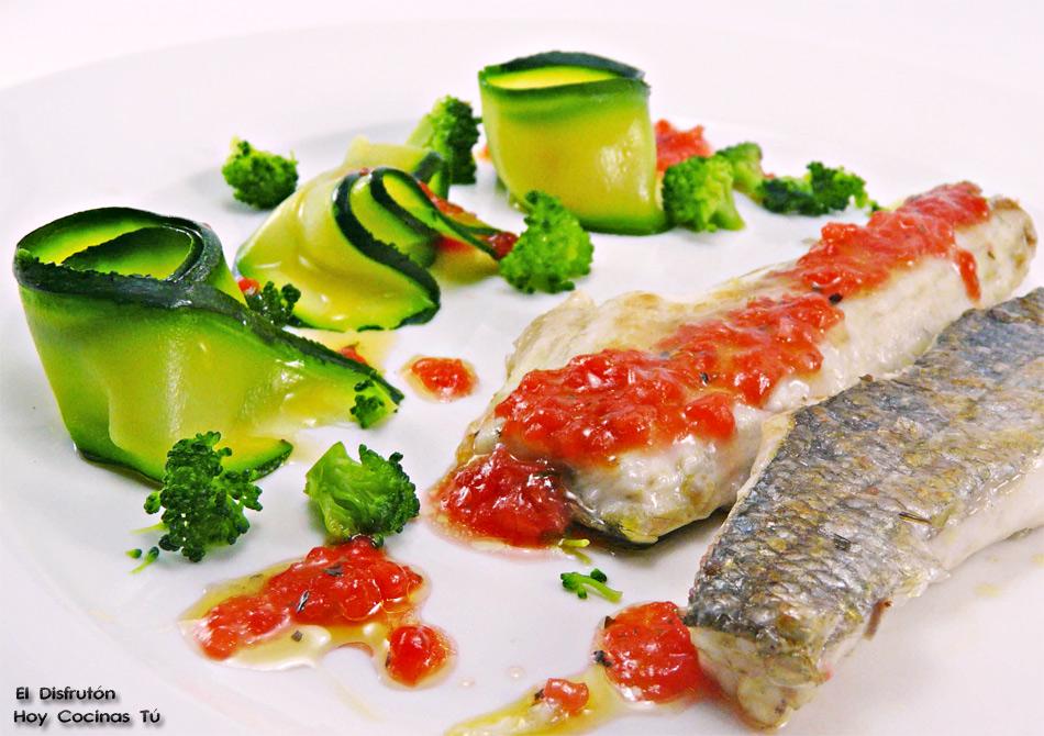 Hoy cocinas t lubina con vinagreta de fresas - Salsa para lubina a la sal ...
