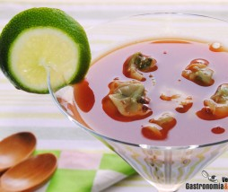 Berberechos con zumo de tomate