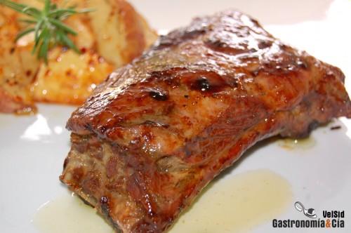 Costillas de cerdo al jengibre con patatas nuevas - Patatas con costillas de cerdo ...