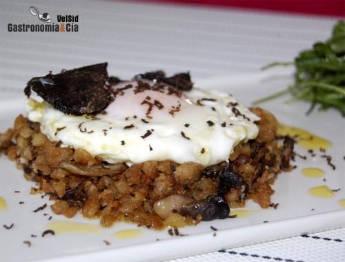 Migas con setas huevos y trufa negra gastronom a c a for Arroz con setas y trufa