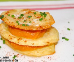 Patatas al horno con puré de calabaza asada y pimentón picante