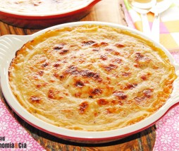 Puré de calabaza y parmesano con bechamel de pan de semillas y especias al gratén