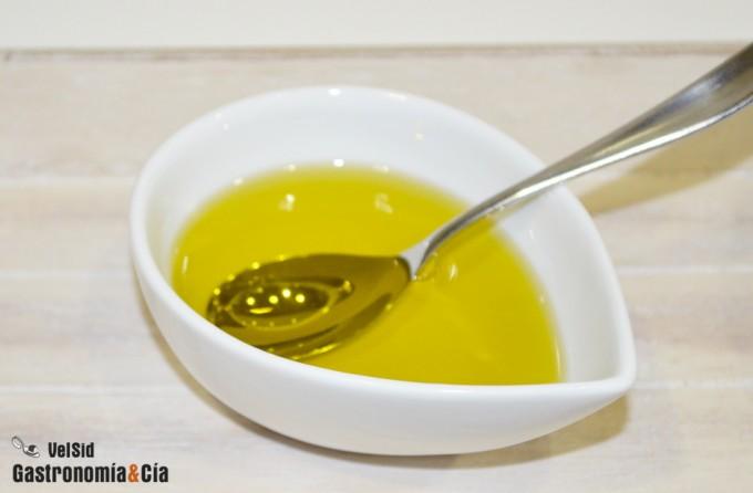 Probar el aceite antes de cocinar recetas de cocina for Mejor aceite para cocinar