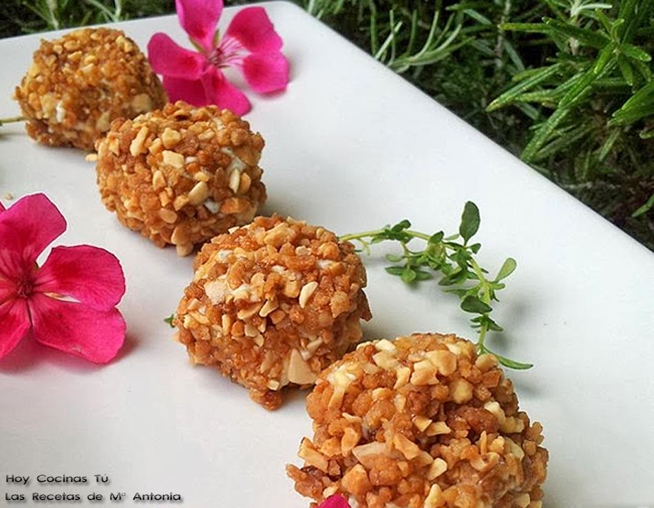 Hoy Cocinas Tú: Bolitas de queso roquefort con almendras