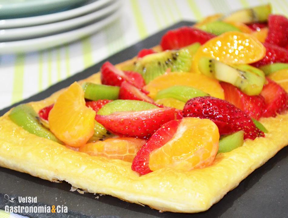 Doce recetas de hojaldre con frutas