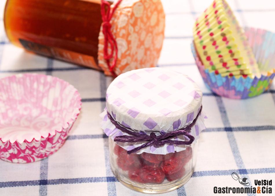 Trucos de cocina: Tapas decorativas para tarros de conserva
