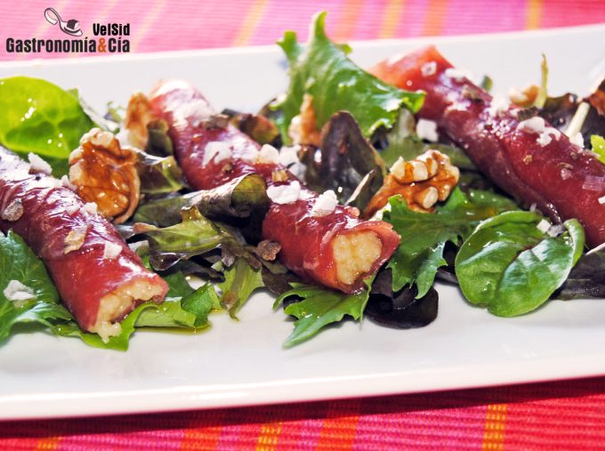 Rollitos de carpaccio