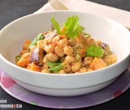 Curry de calabaza, berenjena y garbanzos