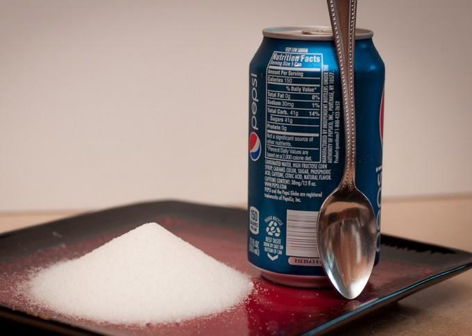 Reducir el azúcar de alimentos y bebidas
