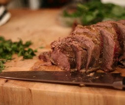 Mantener la carne caliente mientras reposa