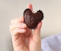 Cómo hacer cupcakes con forma de corazón