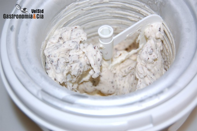 Heladora es la máquina que hace helados
