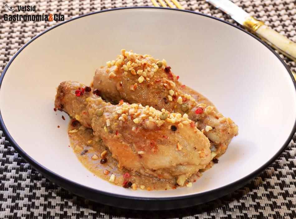 Pollo con salsa de almendras y cinco pimientas - Pollo con almendras facil ...