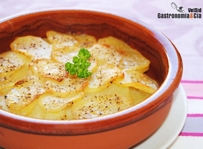 Recetas de patatas al horno f ciles y sabrosas - Patatas pequenas al horno ...