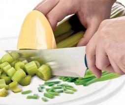 Protector de dedos para corte en cocina