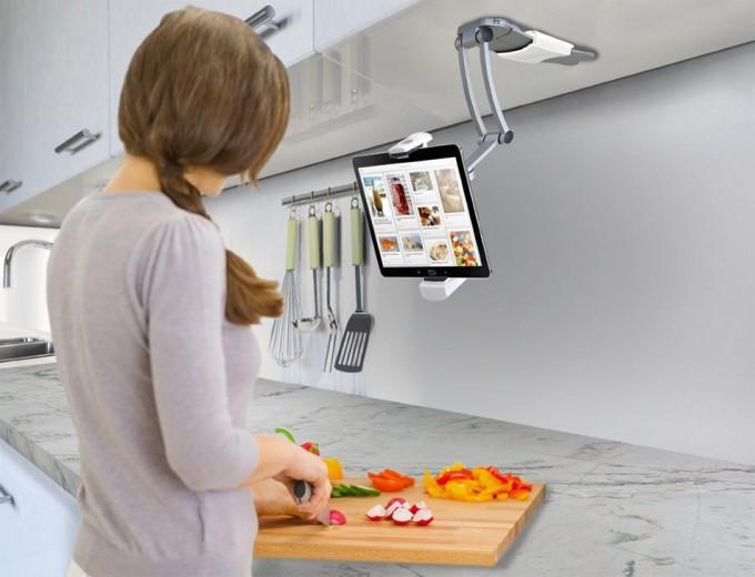 Soporte para tablet  en cocina