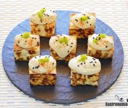 Aperitivo de tofu con mahonesa de jengibre y ajo sin grasas