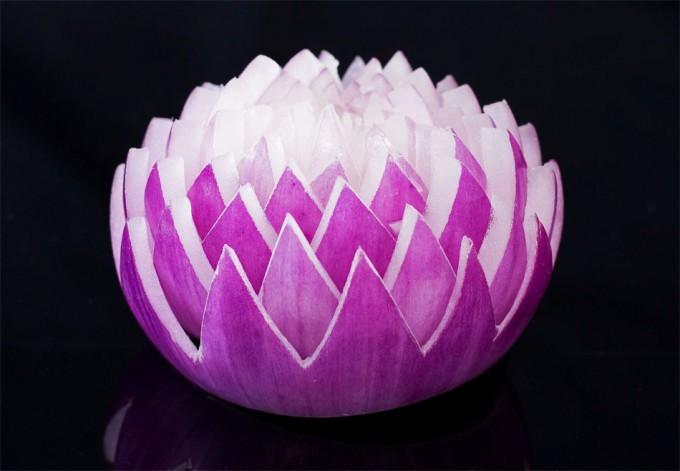 Una cebolla con forma de flor