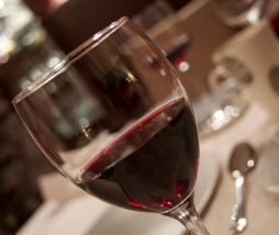 Estudio sobre el arsénico que contiene el vino