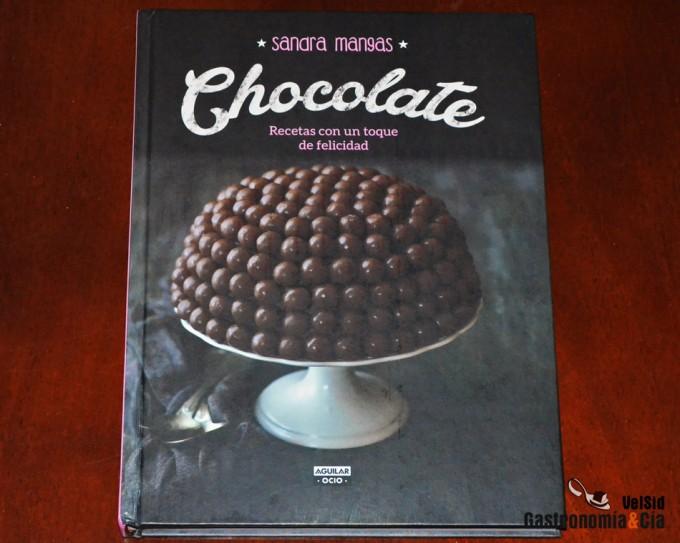 Libro de recetas con chocolate