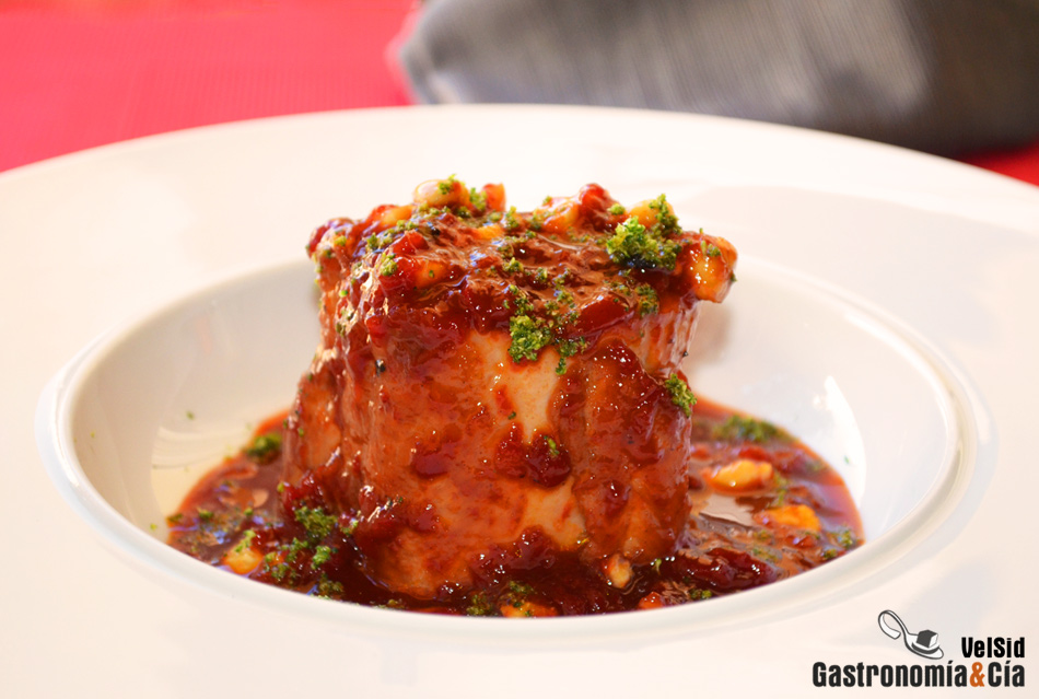 Solomillo de cerdo con confitura de pimiento gastronom a for Como preparar solomillo