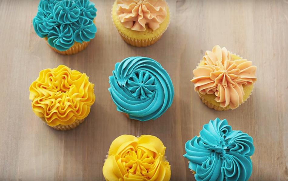 Ocho Ideas Para Decorar Cupcakes Con Boquilla De Flor