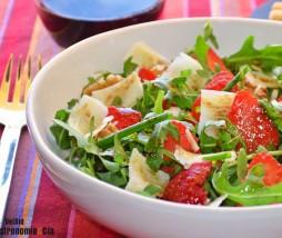 Receta de ensalada con fresas