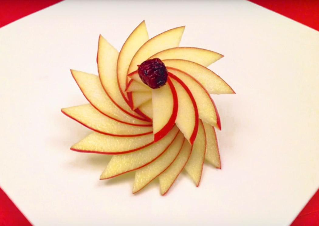 C mo hacer un roset n decorativo con una manzana for Decoracion de platos gourmet pdf