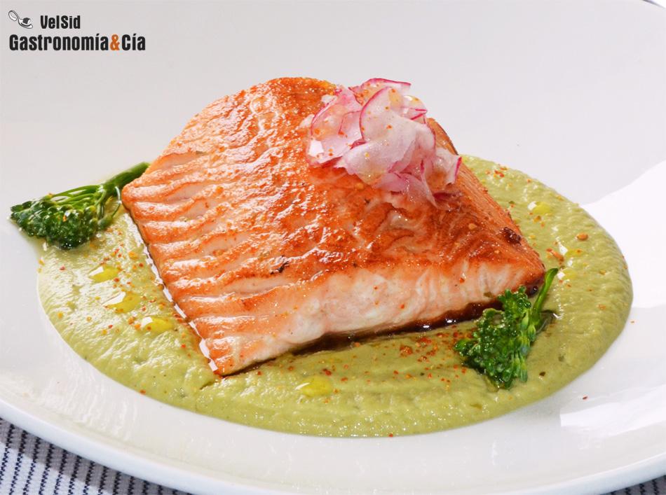 Cocinar Salmon Fresco | Doce Recetas Con Salmon Fresco Para Sorprender Gastronomia Cia