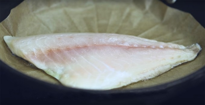 Cocinar pescado sobre papel vegetal gastronom a c a - Papel para cocinar ...