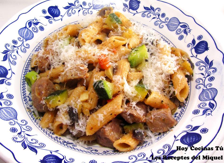 Hoy cocinas t macarrones con secreto de cerdo y verduras - Cocina y cia ...