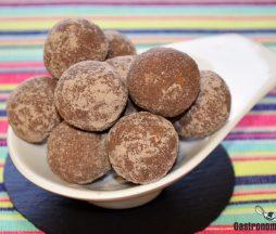 Bolas de proteína de chocolate