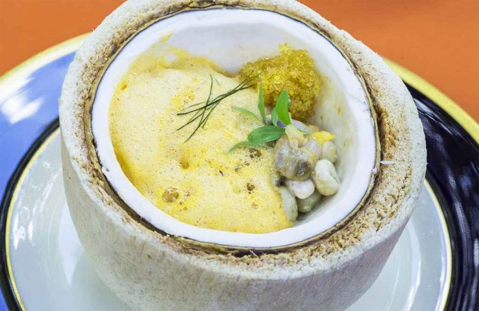 Guiso Marinero Singapore Galicia De David Muñoz Gastronomía Cía