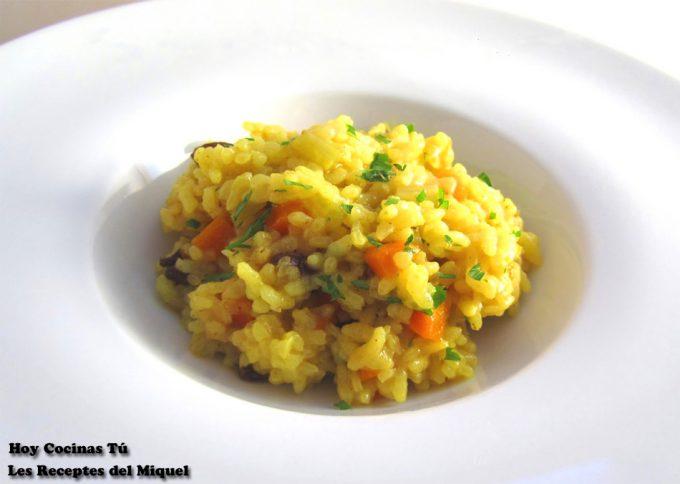 Hoy Cocinas Tú: Arroz con zanahoria, apio y uvas pasas
