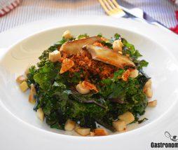 Receta de kale con migas y setas