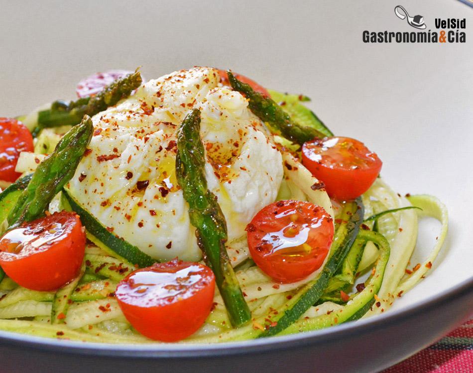Seis recetas de espaguetis de calabac n para las comidas y for Opciones de cenas ligeras