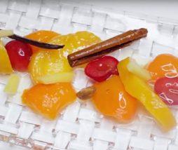 Fruta en almíbar casera