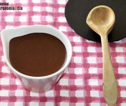 Salsa de chocolate sin azúcar y grasas saludables