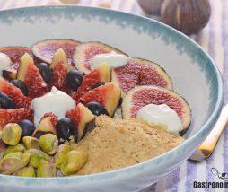 Higos, pistachos y yogur