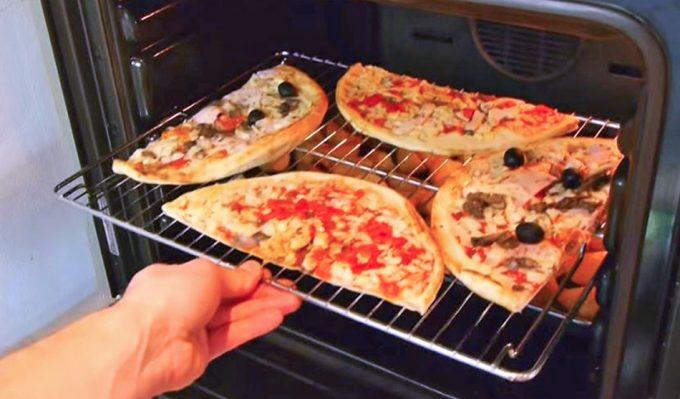 Hornear dos pizzas