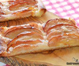 Receta de coca de panadero con manzana y canela