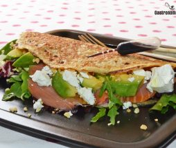 Receta de creps con salmón y aguacate