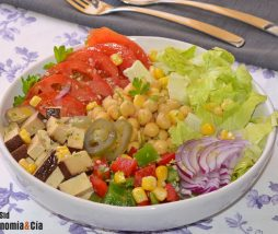 Receta de ensalada rica en proteínas