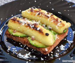 Receta de tostada de aguacate y plátano