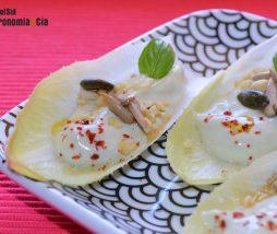 Receta vegana de endivias con salsa de tofu