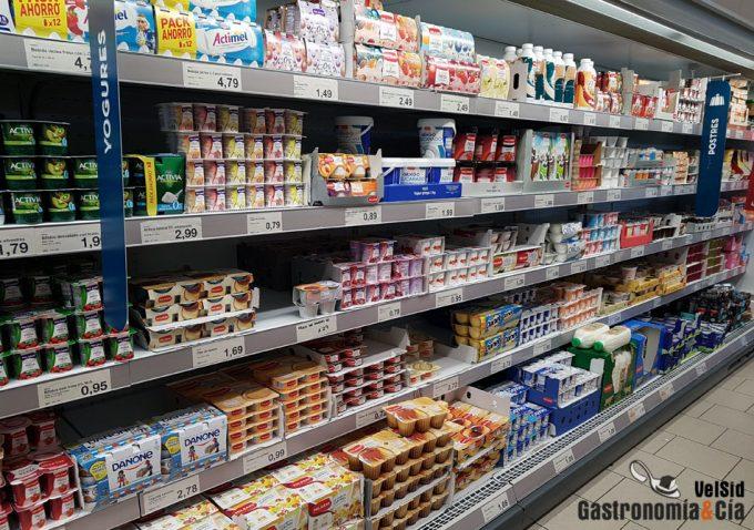 Se tiran millones de productos lácteos en Europa
