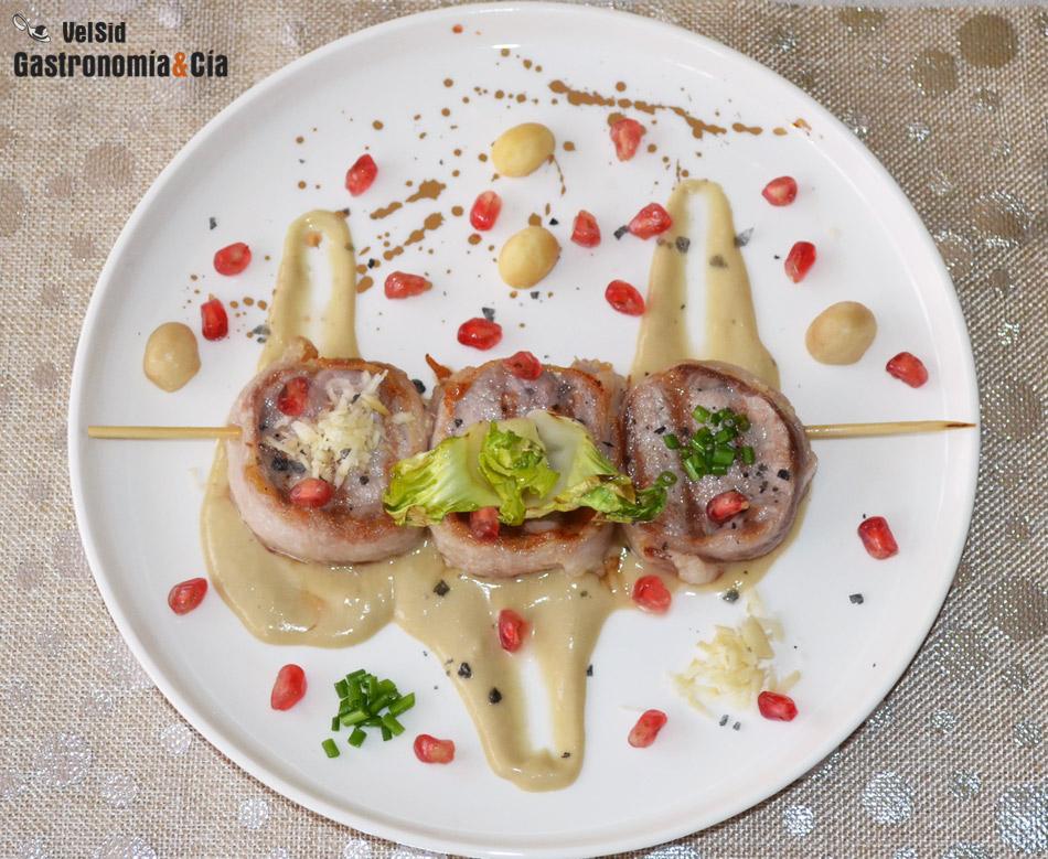 Medallones De Solomillo De Cerdo Con Panceta Macadamia Y Salsa Al Whisky Gastronomía Cía
