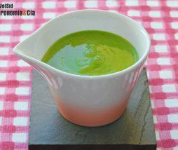 Deliciosa salsa verde para emplatar