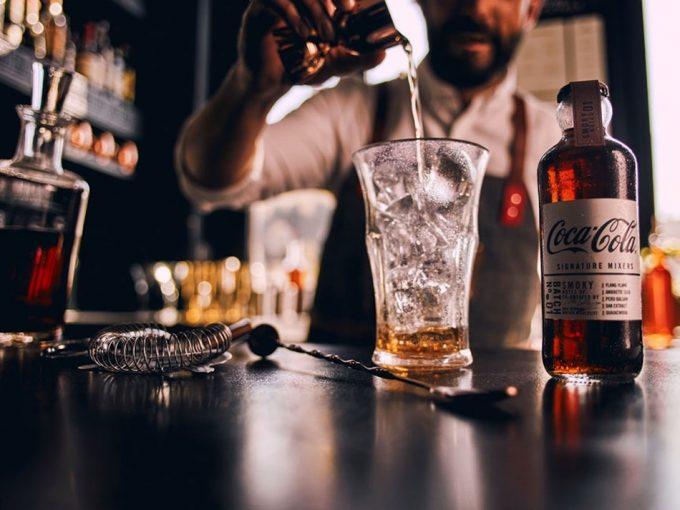 Cuatro variedades de Coca Cola Signature Mixers